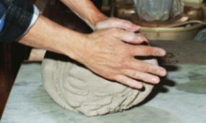 Pottery on the Wheel/ Beginner